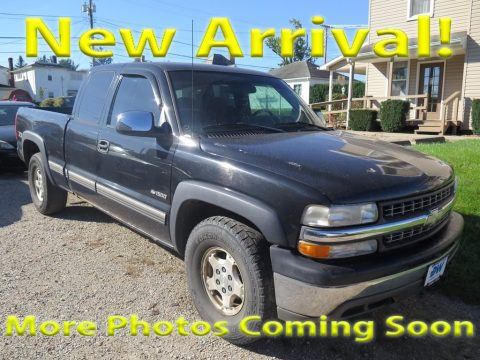 Onyx Black Chevrolet Silverado 1500 LS Extended Cab 4x4.  Click to enlarge.