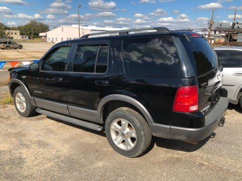 Black Ford Explorer XLT.  Click to enlarge.