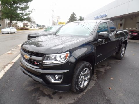 Black Chevrolet Colorado Z71 Extended Cab 4x4.  Click to enlarge.