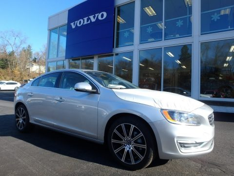 Bright Silver Metallic Volvo S60 T5 AWD.  Click to enlarge.