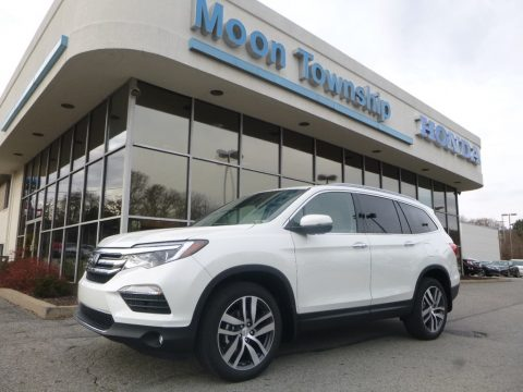 White Diamond Pearl Honda Pilot Touring AWD.  Click to enlarge.