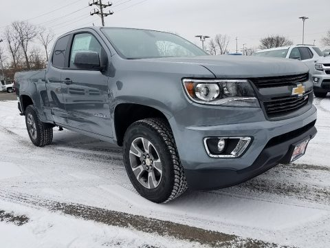 Satin Steel Metallic Chevrolet Colorado Z71 Extended Cab 4x4.  Click to enlarge.