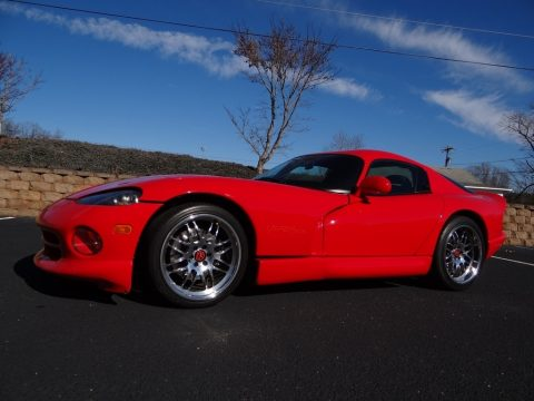 Viper Red Dodge Viper GTS.  Click to enlarge.