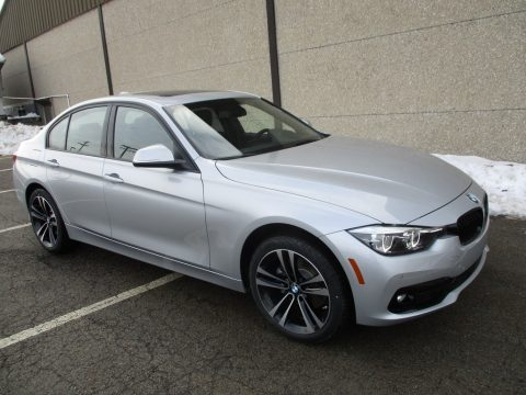 Glacier Silver Metallic BMW 3 Series 330i xDrive Sedan.  Click to enlarge.