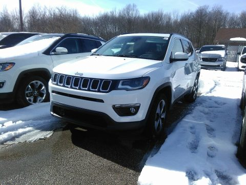Bright White Jeep Compass Latitude 4x4.  Click to enlarge.