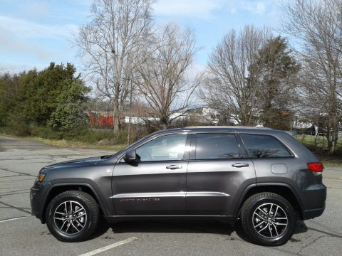 Granite Crystal Metallic Jeep Grand Cherokee Trailhawk 4x4.  Click to enlarge.