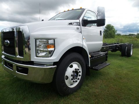 Oxford White Ford F650 Super Duty Regular Cab Chassis.  Click to enlarge.