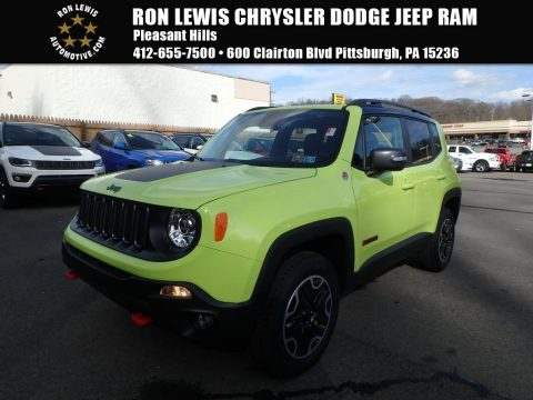 Hypergreen Jeep Renegade Trailhawk 4x4.  Click to enlarge.