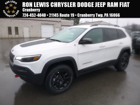 Bright White Jeep Cherokee Trailhawk 4x4.  Click to enlarge.