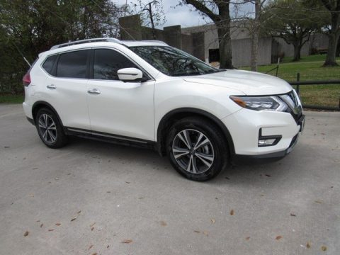 Pearl White Nissan Rogue SL.  Click to enlarge.