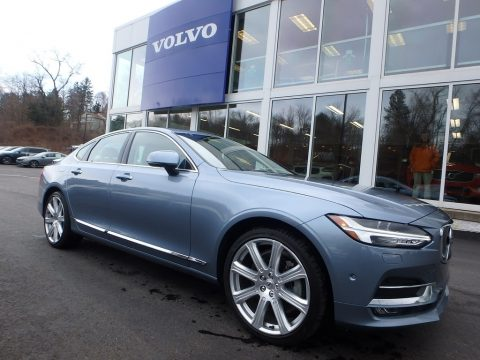 Mussel Blue Metallic Volvo S90 T6 AWD.  Click to enlarge.