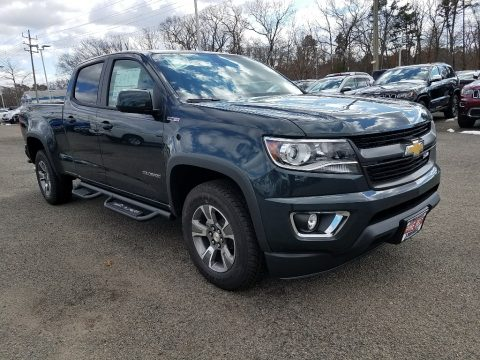 Graphite Metallic Chevrolet Colorado Z71 Crew Cab 4x4.  Click to enlarge.