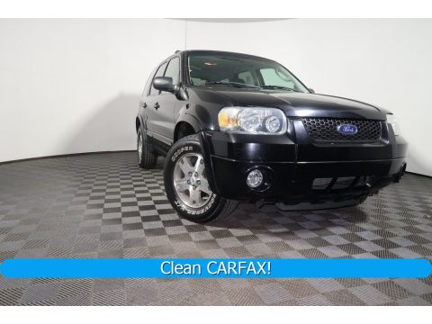 Black Ford Escape Limited 4WD.  Click to enlarge.