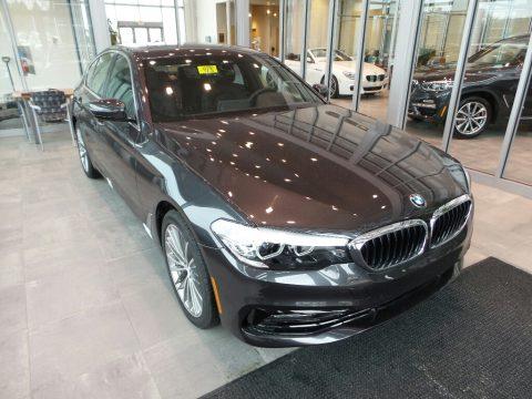 Dark Graphite Metallic BMW 5 Series 530i xDrive Sedan.  Click to enlarge.