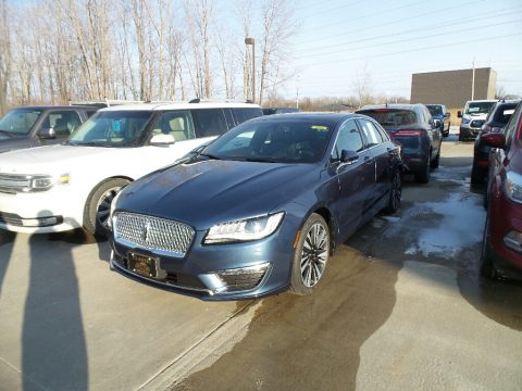 Blue Diamond Metallic Lincoln MKZ Reserve AWD.  Click to enlarge.