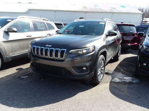Granite Crystal Metallic Jeep Cherokee Latitude Plus 4x4.  Click to enlarge.