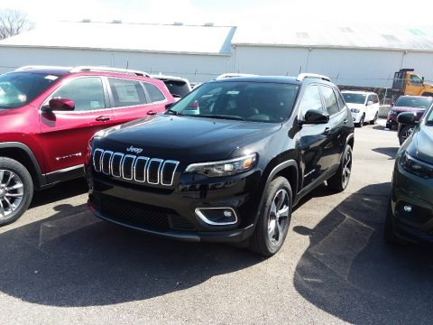 Diamond Black Crystal Pearl Jeep Cherokee Limited 4x4.  Click to enlarge.