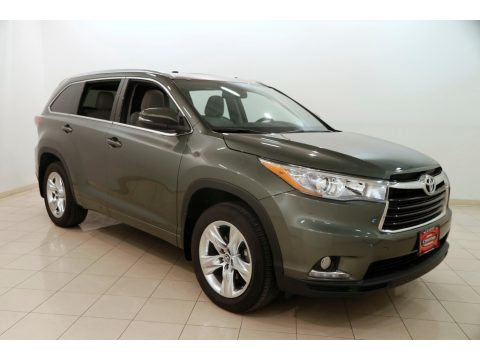 Alumina Jade Metallic Toyota Highlander Limited AWD.  Click to enlarge.