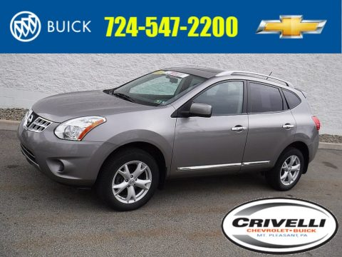 Platinum Graphite Nissan Rogue SV AWD.  Click to enlarge.