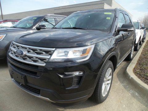 Shadow Black Ford Explorer XLT 4WD.  Click to enlarge.