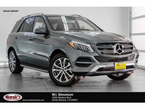 Selenite Grey Metallic Mercedes-Benz GLE 550e 4Matic Plug-In Hybrid.  Click to enlarge.