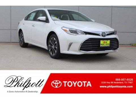 Blizzard White Pearl Toyota Avalon XLE.  Click to enlarge.