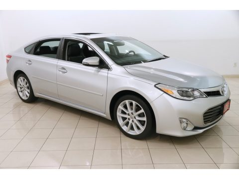Classic Silver Metallic Toyota Avalon XLE.  Click to enlarge.