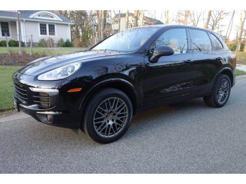 Black Porsche Cayenne Platinum Edition.  Click to enlarge.