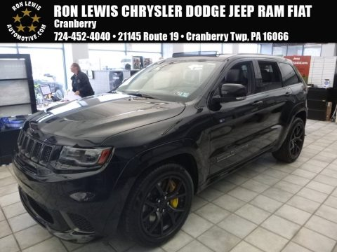 Diamond Black Crystal Pearl Jeep Grand Cherokee Trackhawk 4x4.  Click to enlarge.