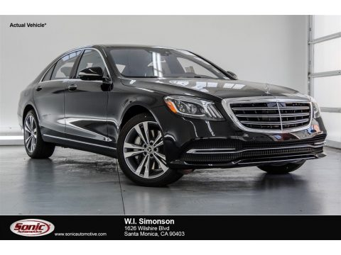 Black Mercedes-Benz S 450 Sedan.  Click to enlarge.