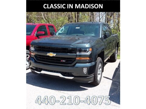 Graphite Metallic Chevrolet Silverado 1500 LT Double Cab 4x4.  Click to enlarge.