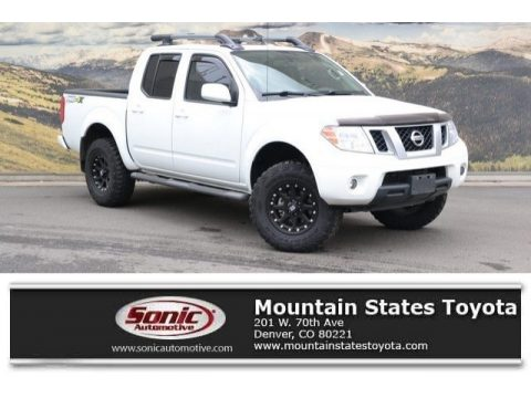 Glacier White Nissan Frontier Pro-4X Crew Cab 4x4.  Click to enlarge.