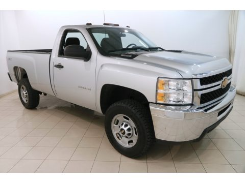 Silver Ice Metallic Chevrolet Silverado 2500HD WT Regular Cab 4x4.  Click to enlarge.