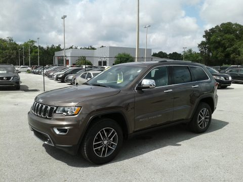 Walnut Brown Metallic Jeep Grand Cherokee Limited.  Click to enlarge.