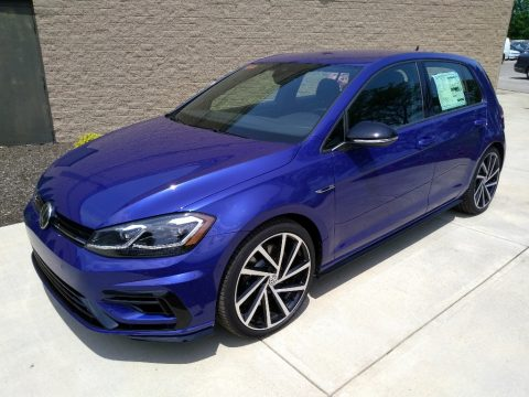 Lapiz Blue Metallic Volkswagen Golf R 4Motion w/DCC. NAV..  Click to enlarge.