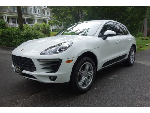 White Porsche Macan .  Click to enlarge.