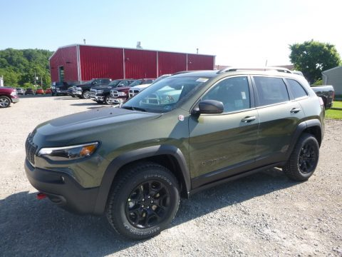 Olive Green Pearl Jeep Cherokee Trailhawk 4x4.  Click to enlarge.