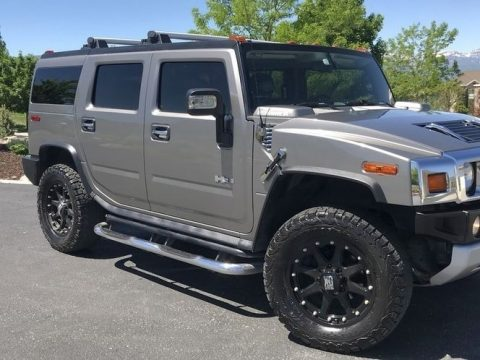 Graystone Metallic Hummer H2 SUV.  Click to enlarge.