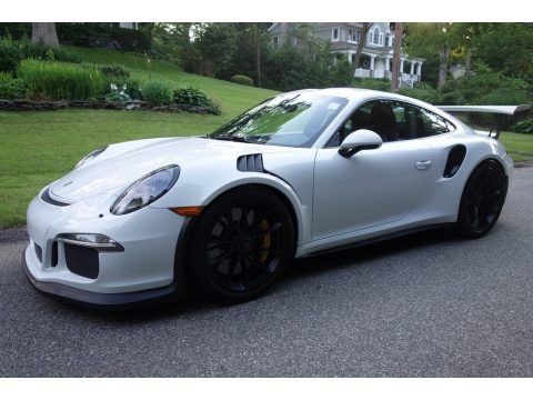 White Porsche 911 GT3 RS.  Click to enlarge.