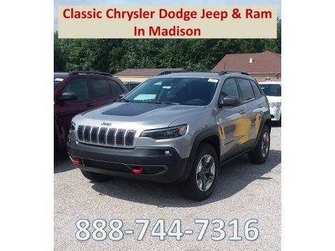 Billet Silver Metallic Jeep Cherokee Trailhawk 4x4.  Click to enlarge.