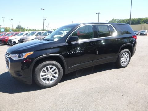 Mosaic Black Metallic Chevrolet Traverse LS.  Click to enlarge.