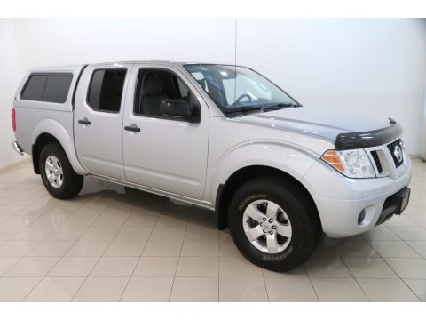 Brilliant Silver Metallic Nissan Frontier SV Crew Cab 4x4.  Click to enlarge.