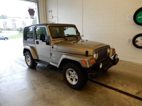 Light Khaki Metallic Jeep Wrangler Sahara 4x4.  Click to enlarge.