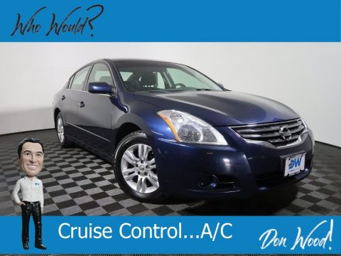 Navy Blue Nissan Altima 2.5 S.  Click to enlarge.