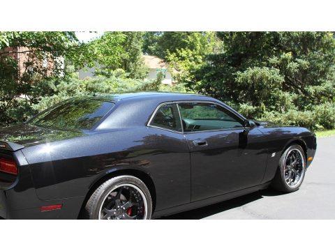 Brilliant Black Crystal Pearl Dodge Challenger SRT8.  Click to enlarge.