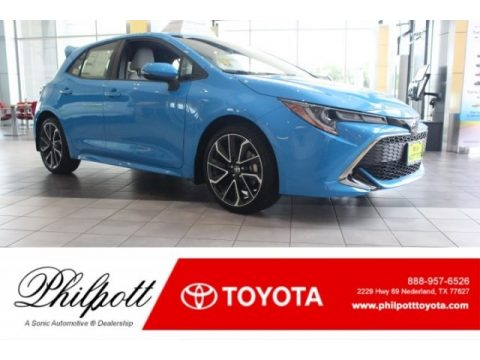 Blue Flame Toyota Corolla Hatchback XSE.  Click to enlarge.