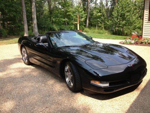 Black Chevrolet Corvette Convertible.  Click to enlarge.