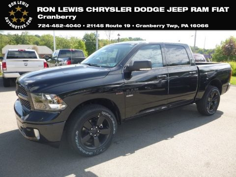 Diamond Black Crystal Pearl Ram 1500 Classic Big Horn Crew Cab 4x4.  Click to enlarge.