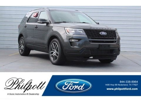 Magnetic Metallic Ford Explorer Sport 4WD.  Click to enlarge.
