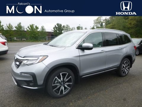 Lunar Silver Metallic Honda Pilot Touring AWD.  Click to enlarge.